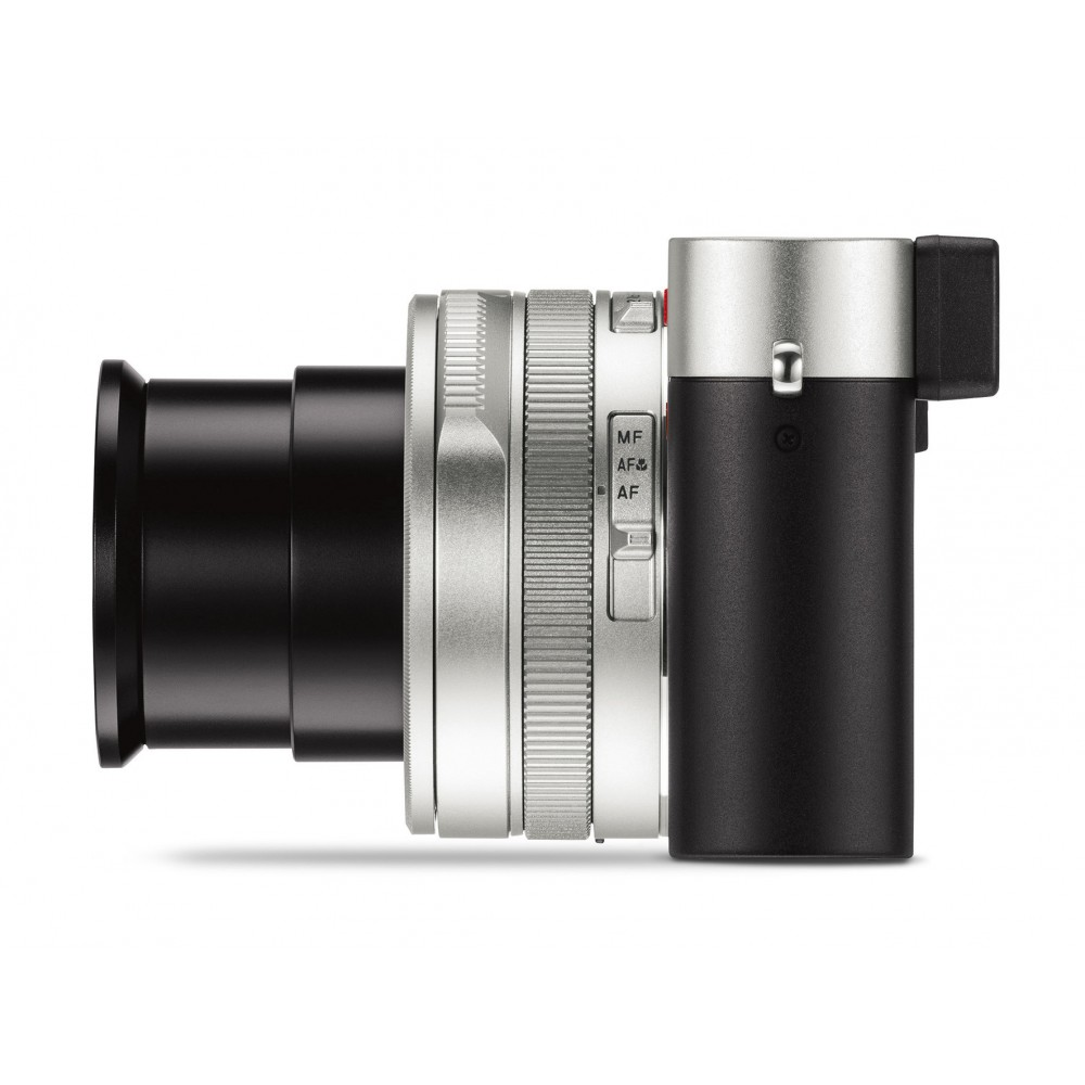 Leica D-Lux 7 Camera Silver