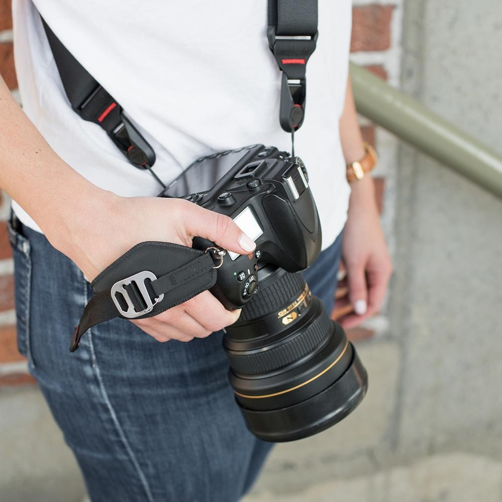 Peak Design Clutch® Quick Attaching/Adjusting Hand Strap