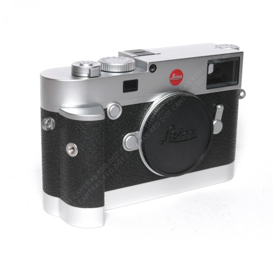 Leica M10 Chrome Body Boxed & Handgrip