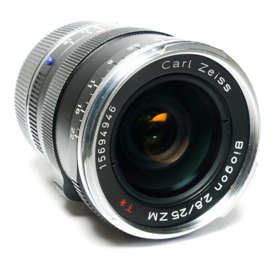 Zeiss Biogon 25mm f2.8-M & Hood