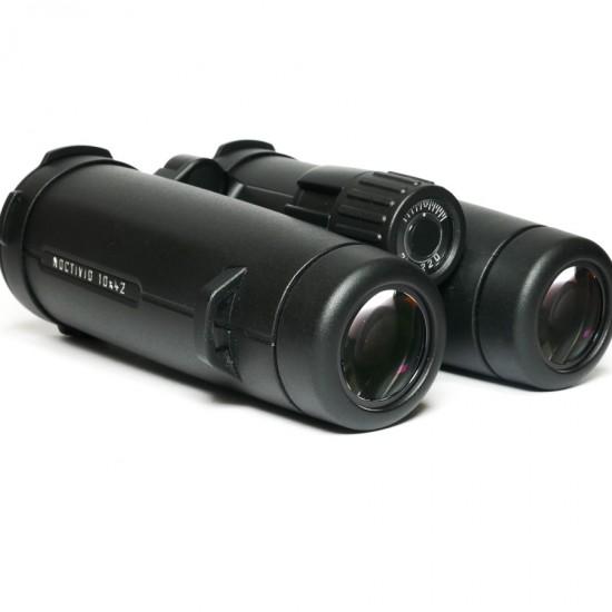 Leica 10x42 Noctivid Binoculars in Case